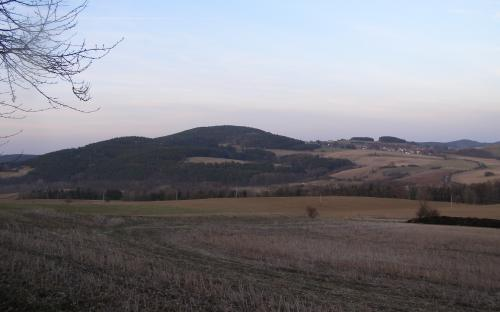 kalny_vrch_a_hora.jpg