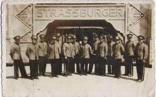 cirkus_strassburger_1938.jpg