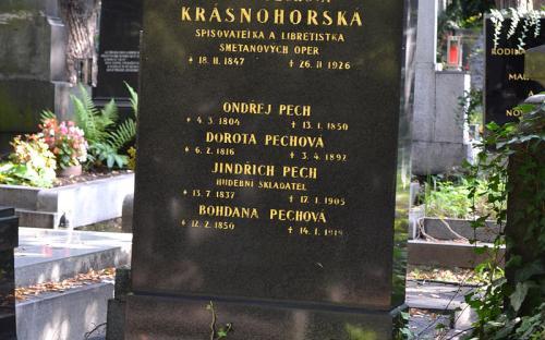 hrob_e._krasnohorske_na_olsanech.jpg