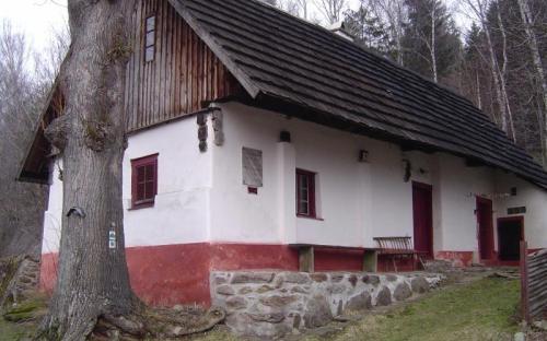 tylovna_v_pohori_u_planice.jpg